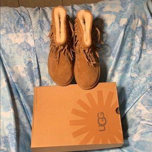 NIB UGG Wynona Fringe Leather Boots Size 10